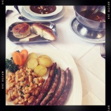 Hunter stew, pig and breads <3