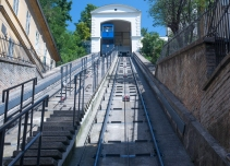 The funicular railway connecting old town to the city center